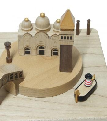 Carillon Venezia e Gondola