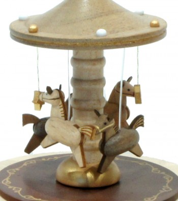 Carillon in legno Giostra con i Cavalli visto da vicino
