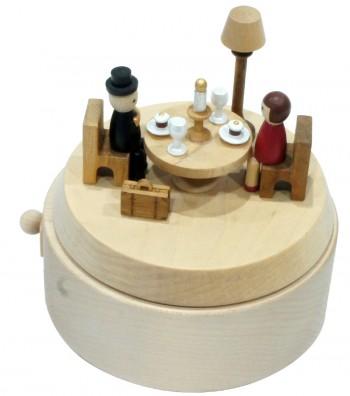 Carillon in legno cena romantica vista dal alto