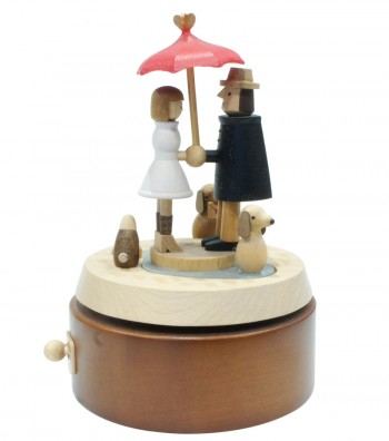 Wooden music box Lovers with umbrella