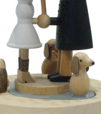 Carillon in legno innamorati e il cane