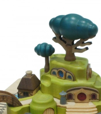 Wooden music box Train and the tree