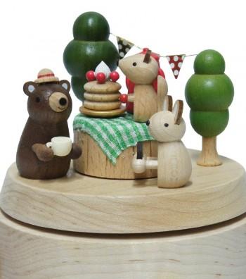 Carillon in legno dettaglio animaletti