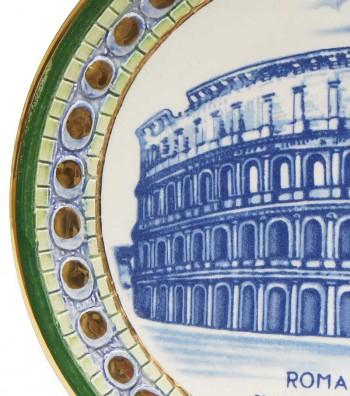 Detailed Colosseum plate green border