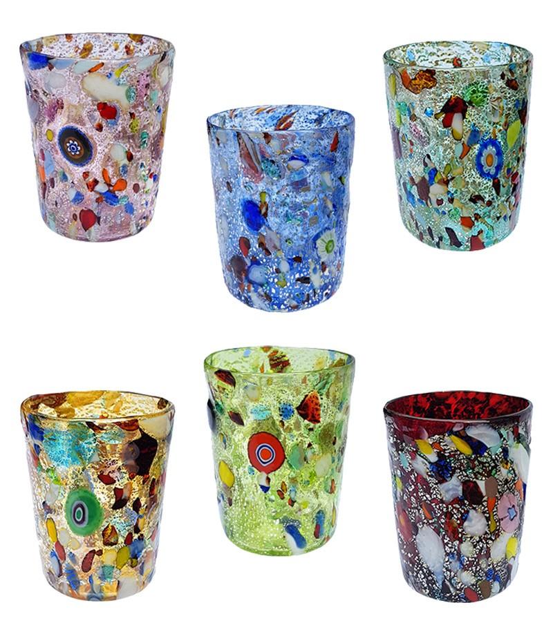 Bicchiere in vetro di murano colori misti.