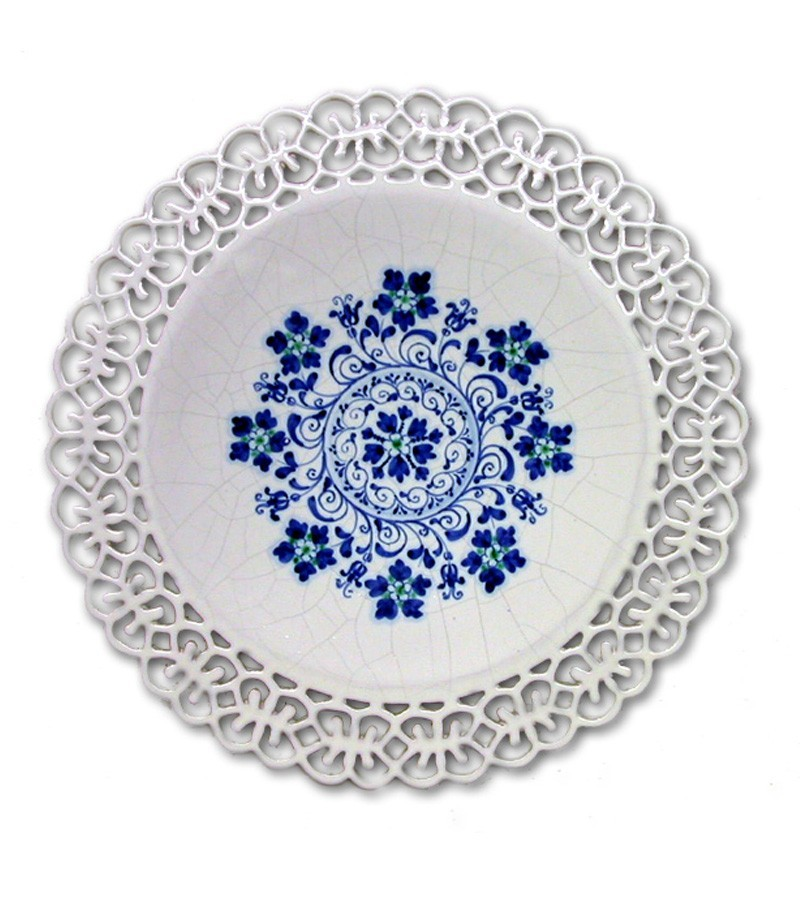 Hand-painted Sicilian ceramics with Embroidery decoration